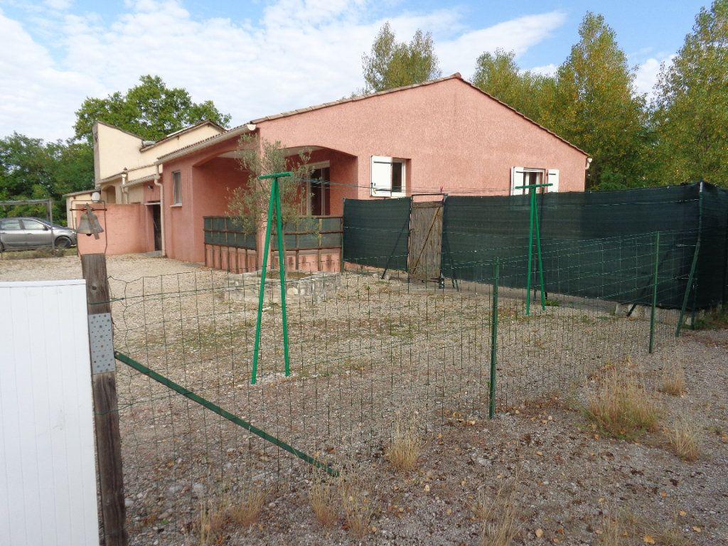 Maison à louer 4 89.82m2 à Saint-Jean-de-Maruéjols-et-Avéjan vignette-17