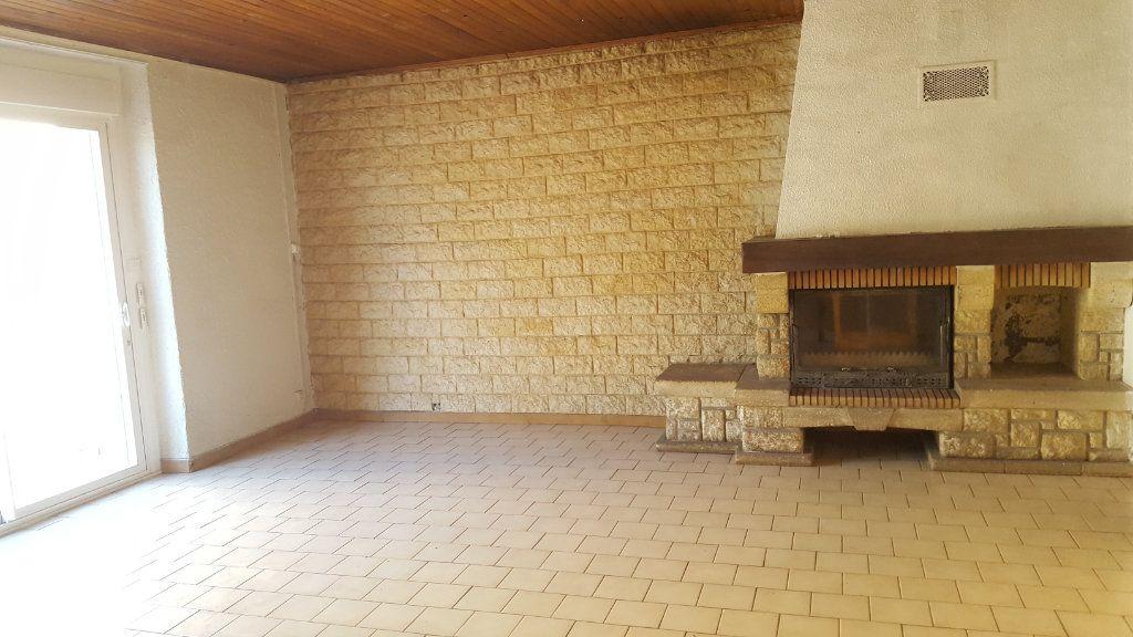 Appartement à louer 3 66.51m2 à Robiac-Rochessadoule vignette-1