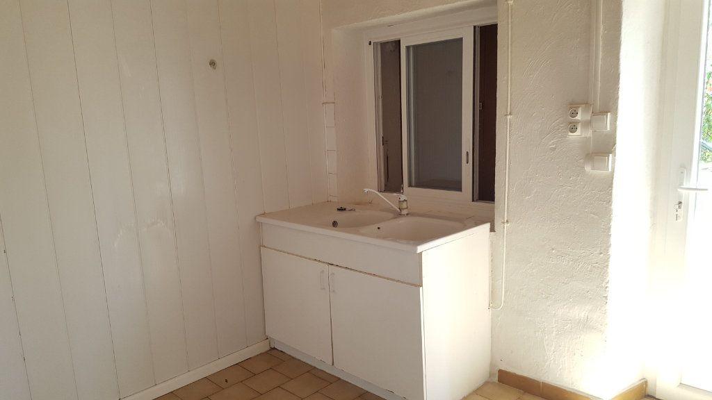 Appartement à louer 3 66.51m2 à Robiac-Rochessadoule vignette-4