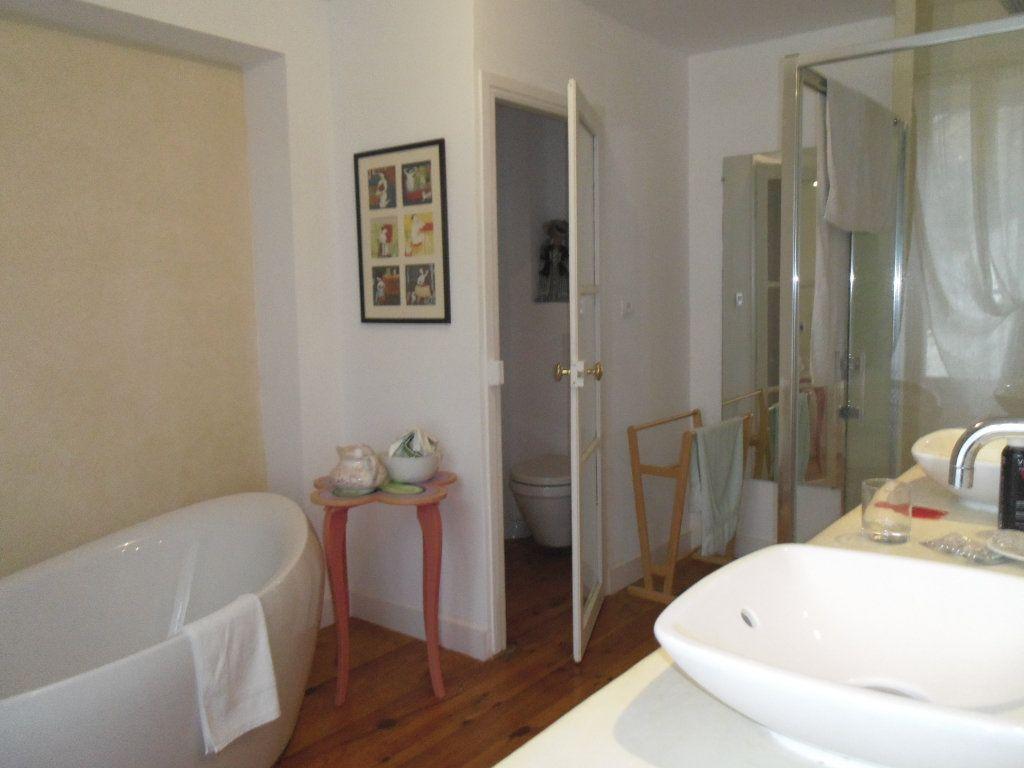 Maison à vendre 8 186m2 à Fresnay-sur-Sarthe vignette-6