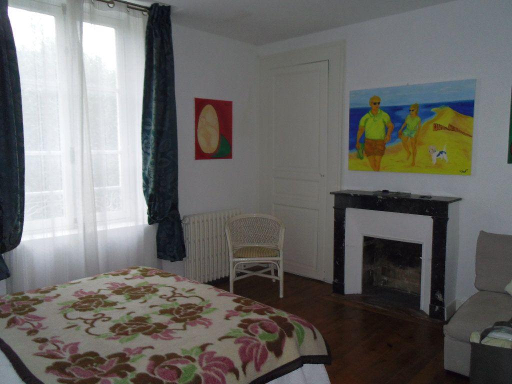 Maison à vendre 8 186m2 à Fresnay-sur-Sarthe vignette-8