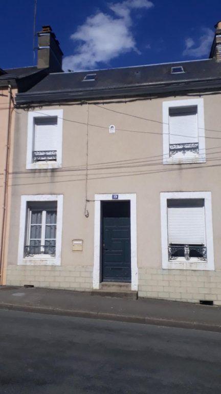 Maison à vendre 4 94m2 à Fresnay-sur-Sarthe vignette-1