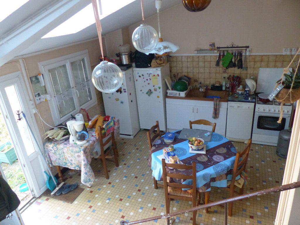 Maison à vendre 4 94m2 à Fresnay-sur-Sarthe vignette-2
