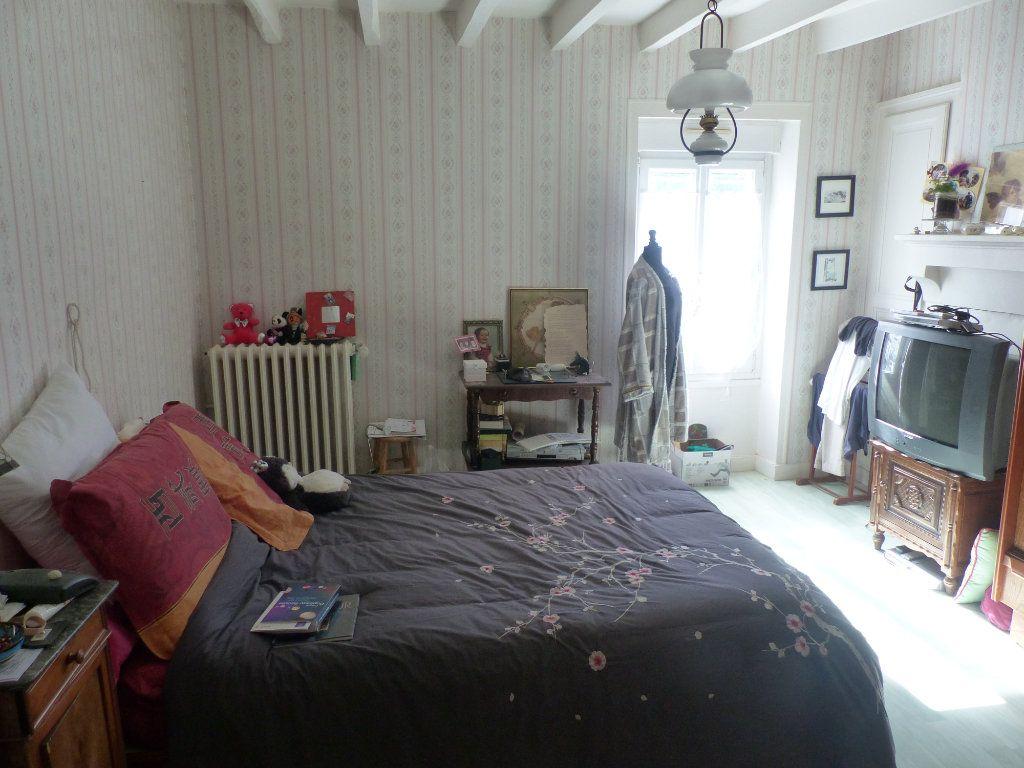 Maison à vendre 4 94m2 à Fresnay-sur-Sarthe vignette-3