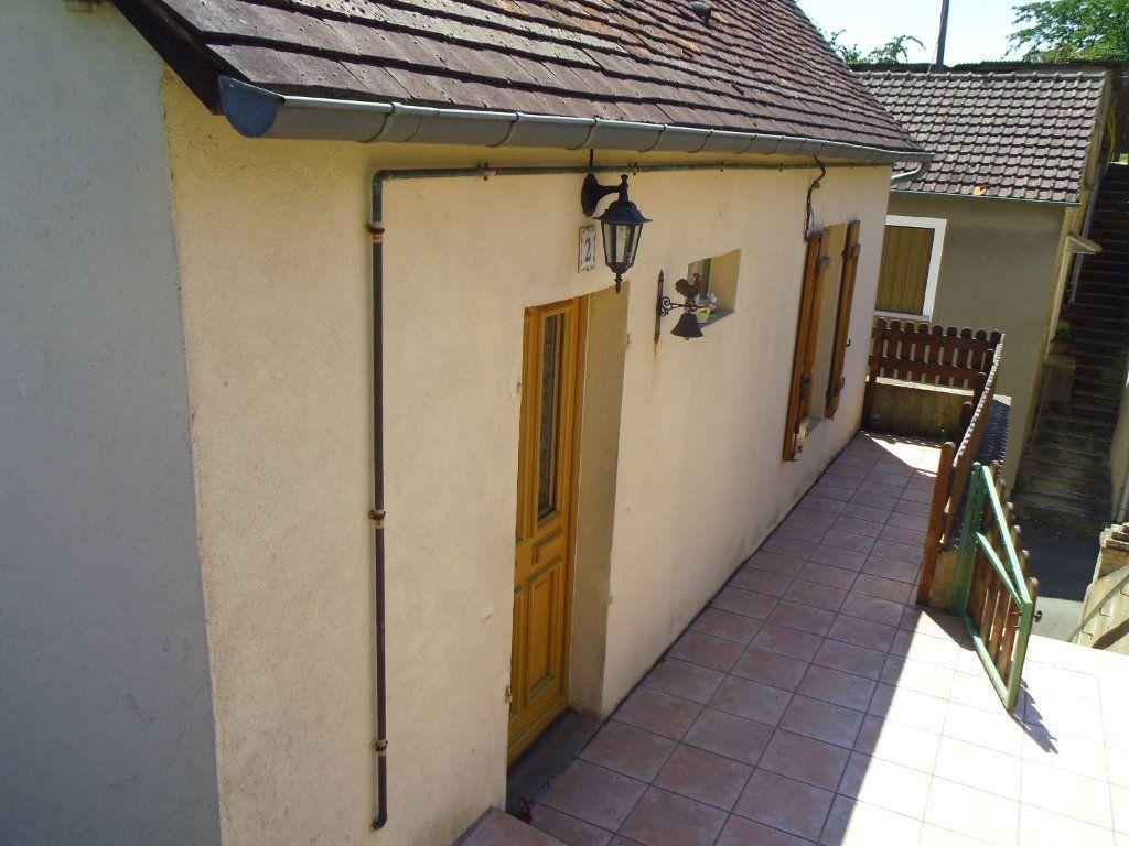 Maison à vendre 5 78m2 à Fresnay-sur-Sarthe vignette-1
