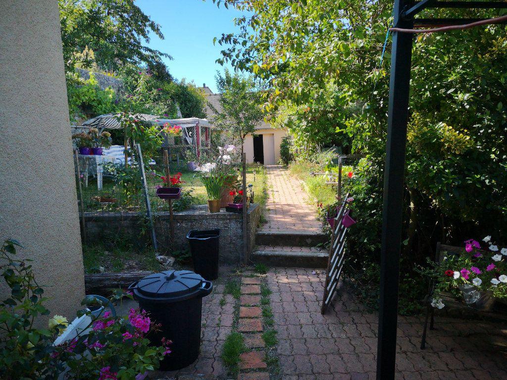 Maison à vendre 5 110m2 à Fresnay-sur-Sarthe vignette-4