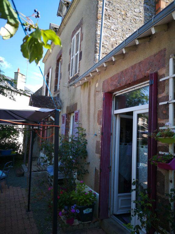 Maison à vendre 5 110m2 à Fresnay-sur-Sarthe vignette-5