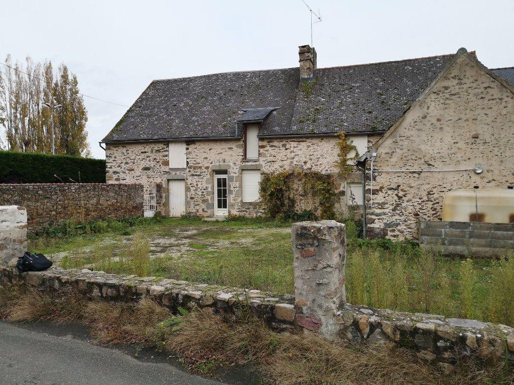 Maison à vendre 5 150m2 à Sougé-le-Ganelon vignette-1