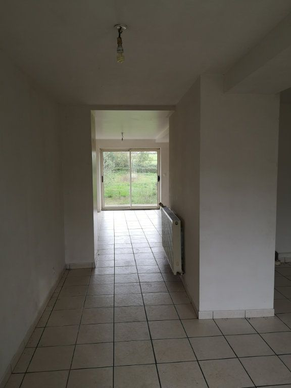 Maison à vendre 5 150m2 à Sougé-le-Ganelon vignette-3