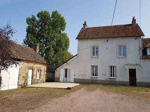 Maison à vendre 7 140m2 à Saint-Aubin-de-Locquenay vignette-1
