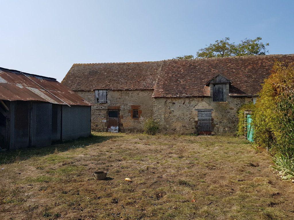Maison à vendre 7 140m2 à Saint-Aubin-de-Locquenay vignette-4