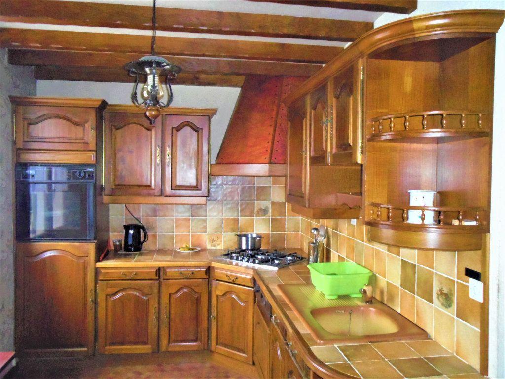 Maison à vendre 5 95m2 à Sougé-le-Ganelon vignette-3