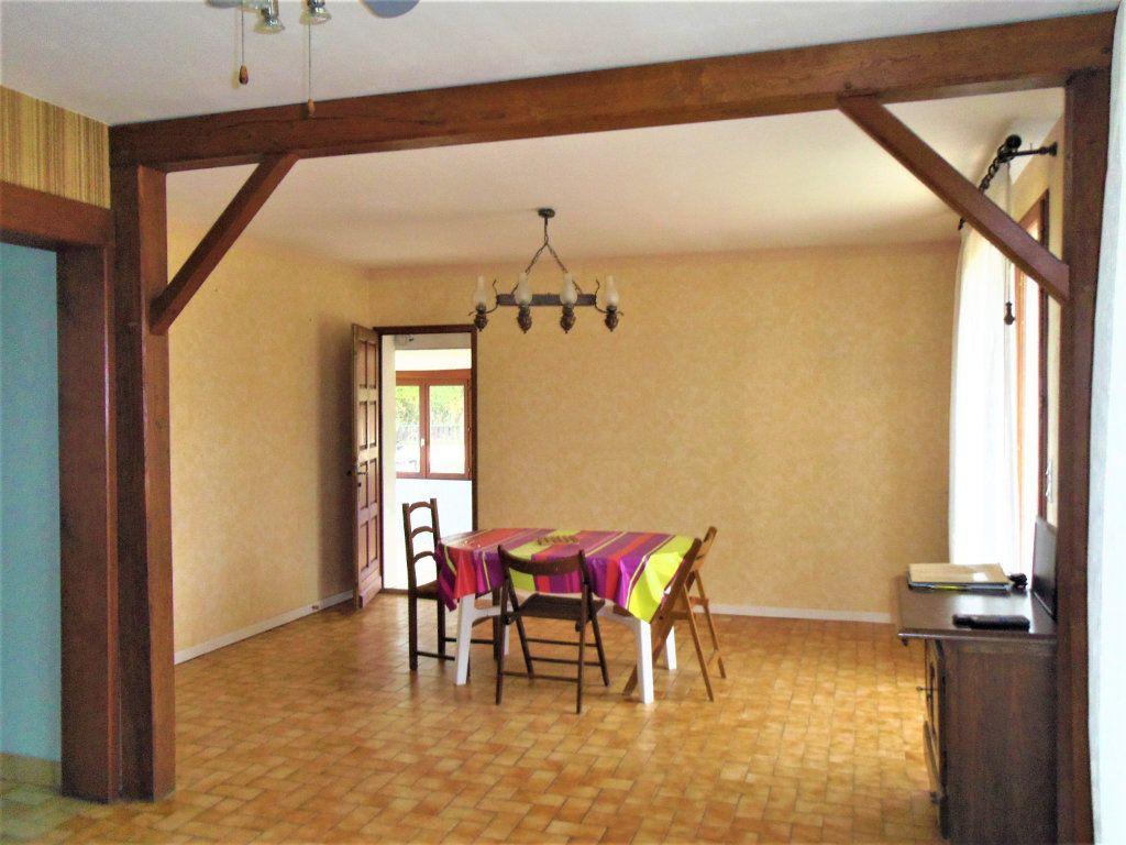 Maison à vendre 5 95m2 à Sougé-le-Ganelon vignette-5