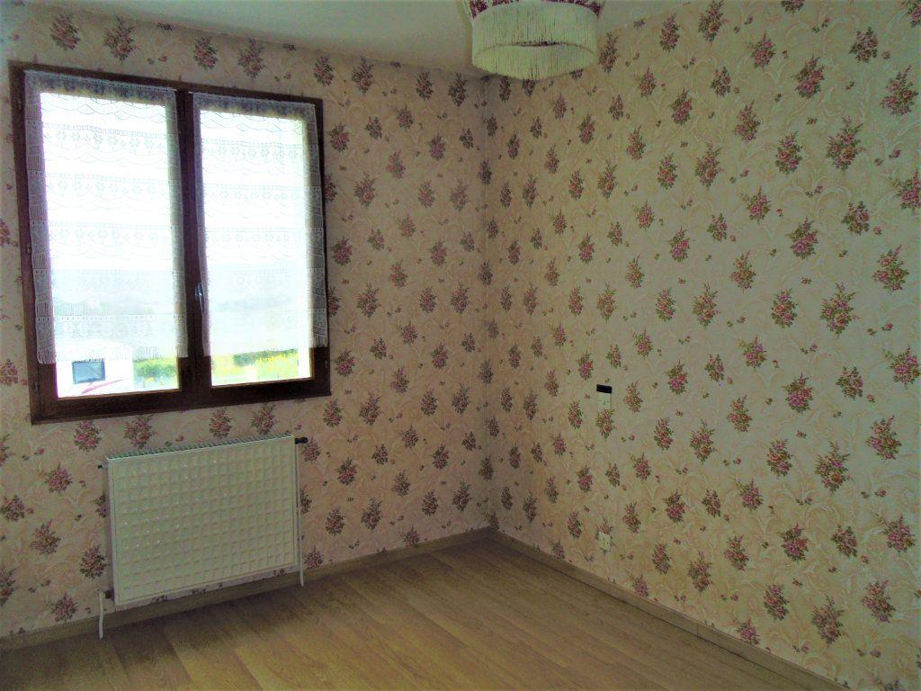 Maison à vendre 5 95m2 à Sougé-le-Ganelon vignette-7