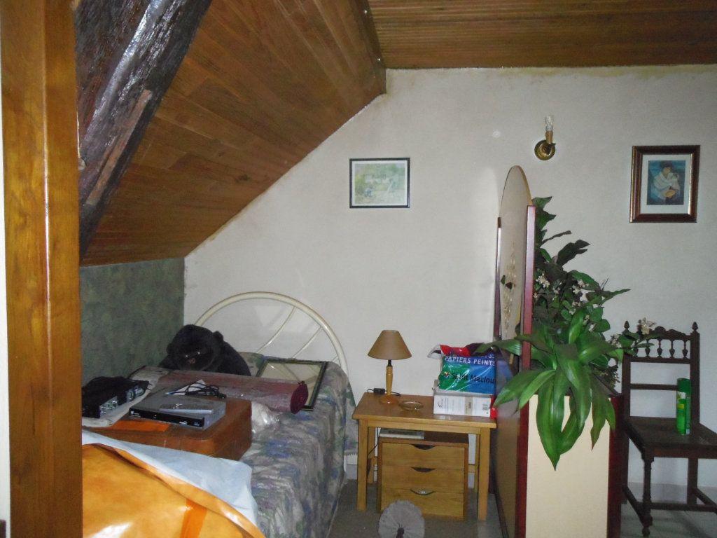 Maison à vendre 4 95m2 à Saint-Paul-le-Gaultier vignette-5