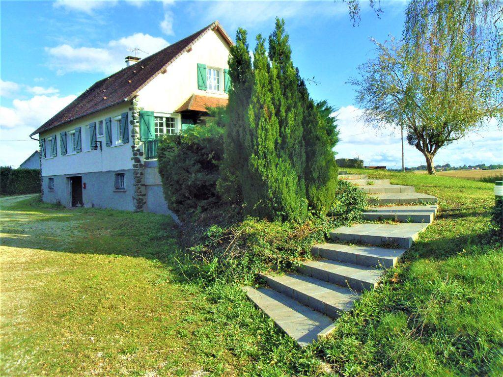 Maison à vendre 5 106m2 à Saint-Germain-sur-Sarthe vignette-2