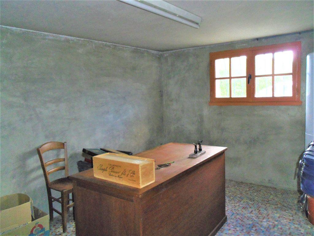 Maison à vendre 5 106m2 à Saint-Germain-sur-Sarthe vignette-12