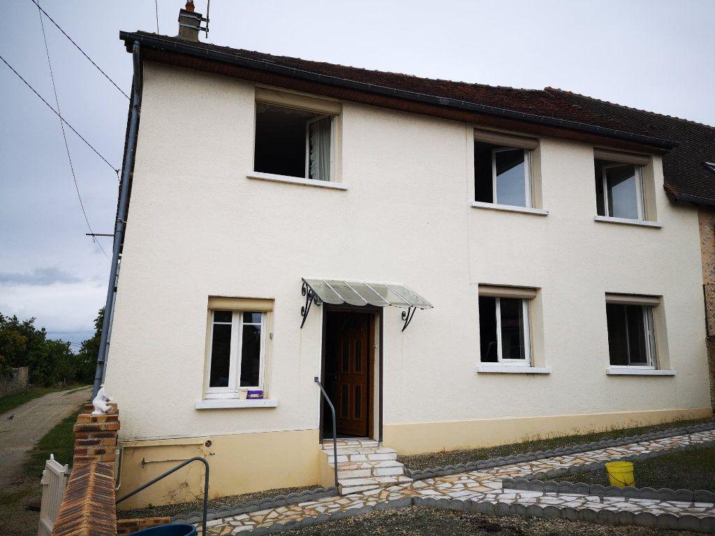 Maison à vendre 4 100m2 à Fresnay-sur-Sarthe vignette-1