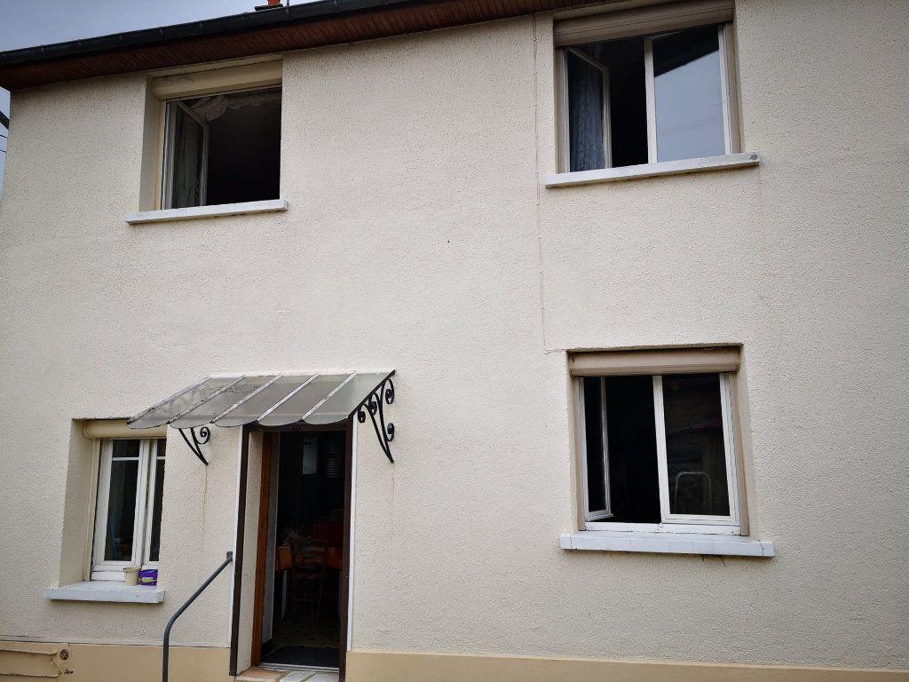 Maison à vendre 4 100m2 à Fresnay-sur-Sarthe vignette-2