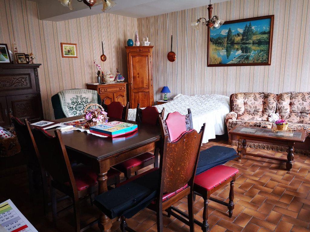 Maison à vendre 4 100m2 à Fresnay-sur-Sarthe vignette-6