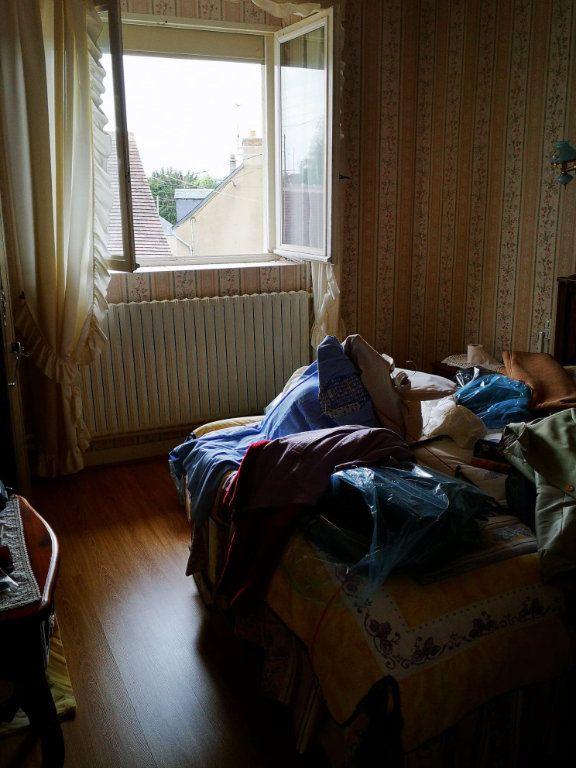 Maison à vendre 4 100m2 à Fresnay-sur-Sarthe vignette-9