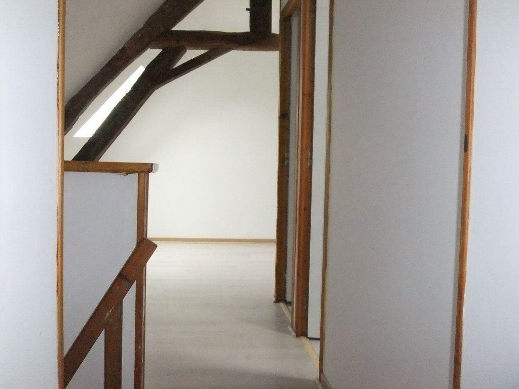 Maison à vendre 8 250m2 à Saint-Erme-Outre-et-Ramecourt vignette-8