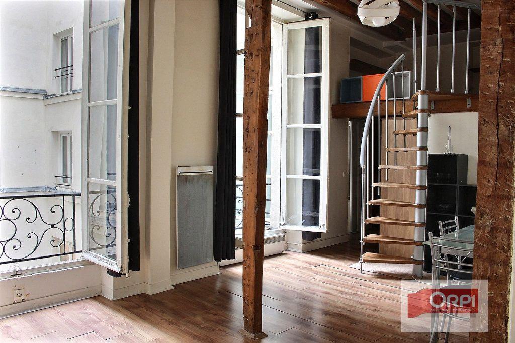 Appartement à vendre 2 30m2 à Paris 3 vignette-1