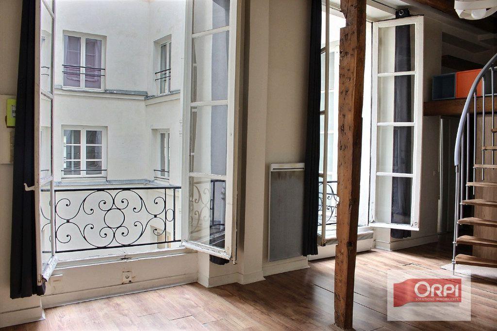 Appartement à vendre 2 30m2 à Paris 3 vignette-2