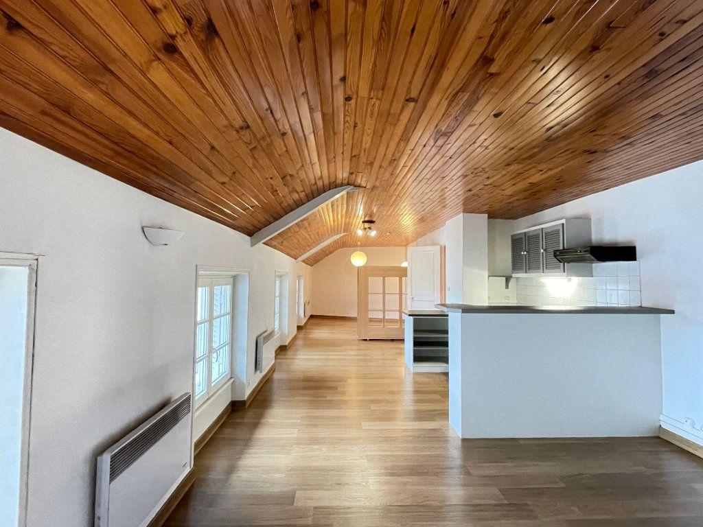 Appartement à louer 2 55.44m2 à Nancy vignette-1