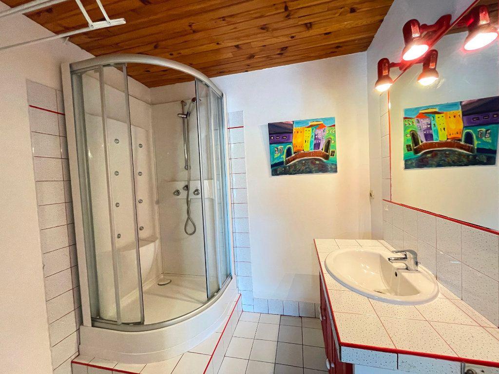 Appartement à louer 2 55.44m2 à Nancy vignette-6