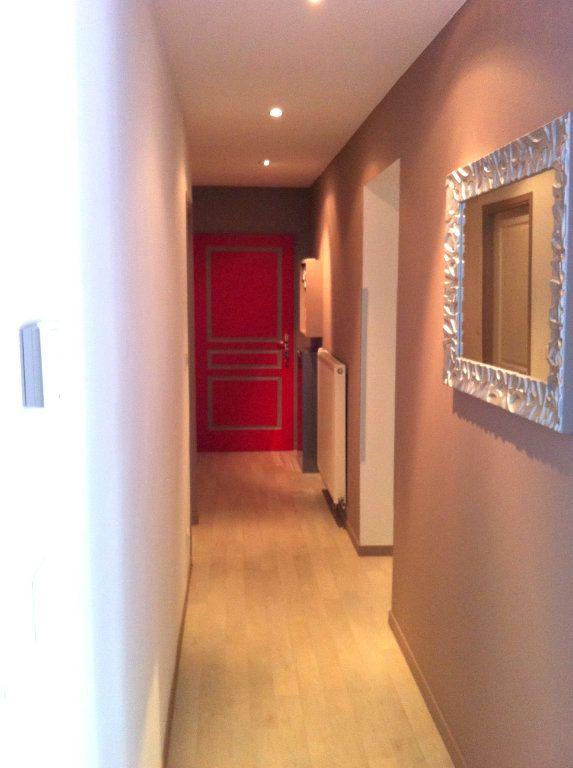Appartement à louer 3 61.06m2 à Nancy vignette-4