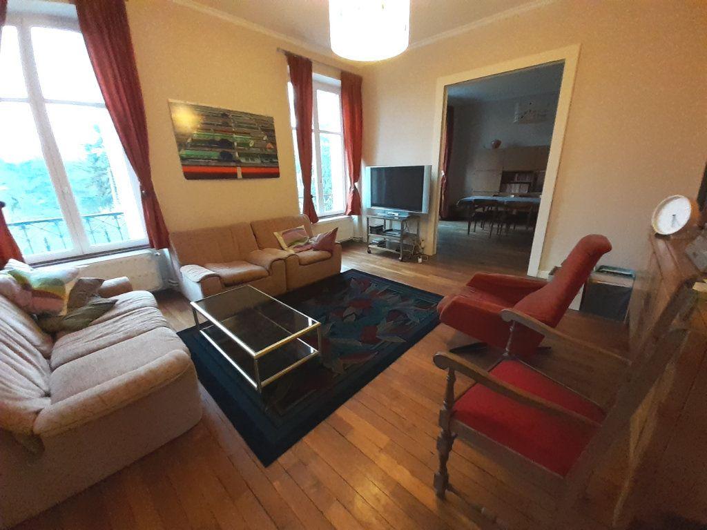 Appartement à louer 4 120m2 à Nancy vignette-1
