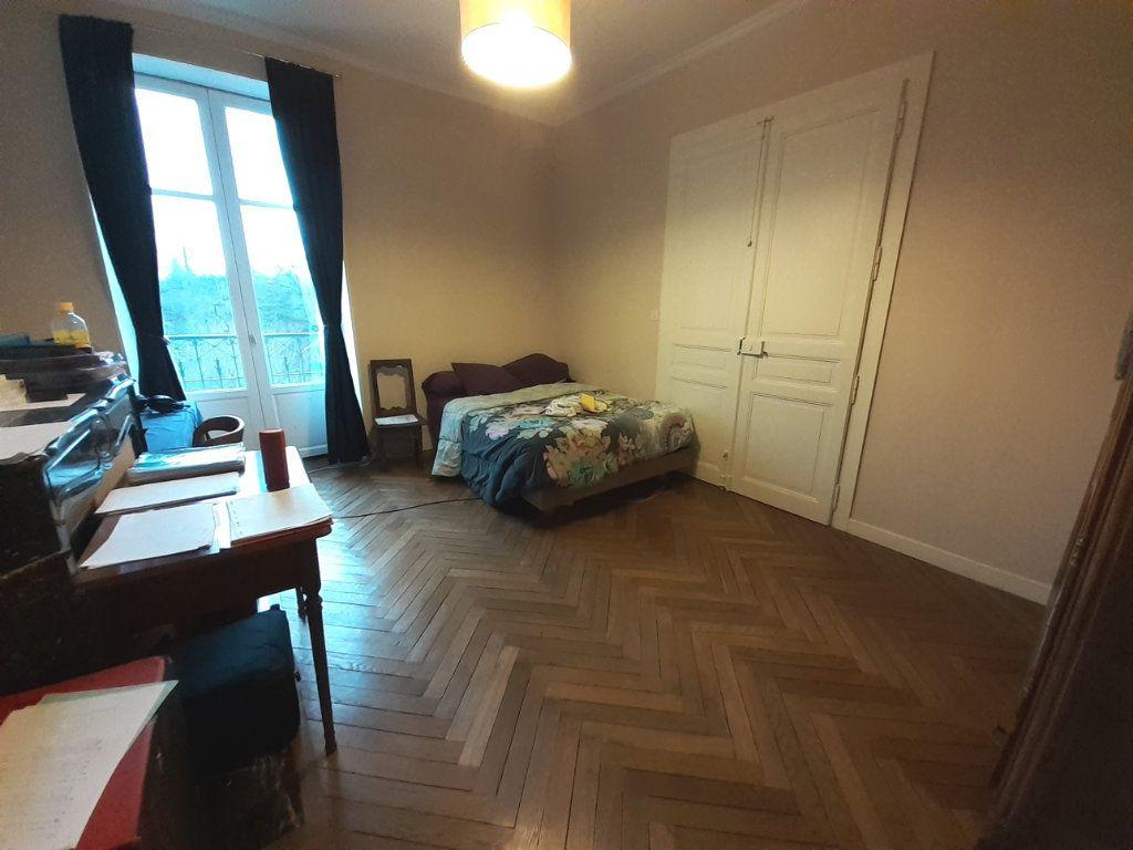 Appartement à louer 4 120m2 à Nancy vignette-5