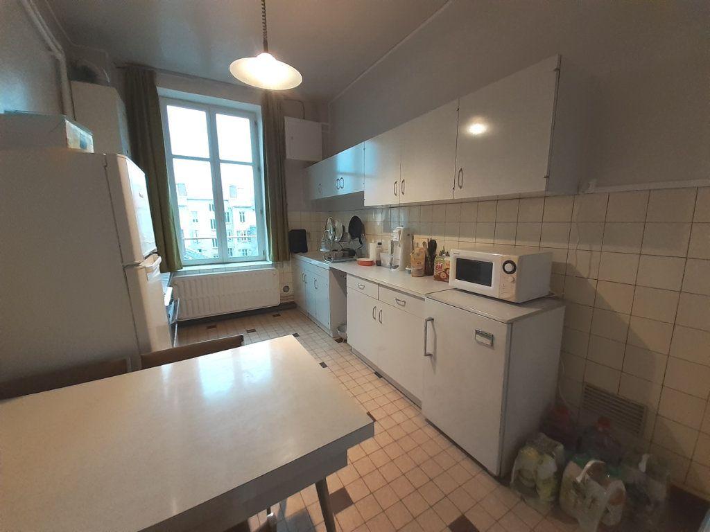 Appartement à louer 4 120m2 à Nancy vignette-9