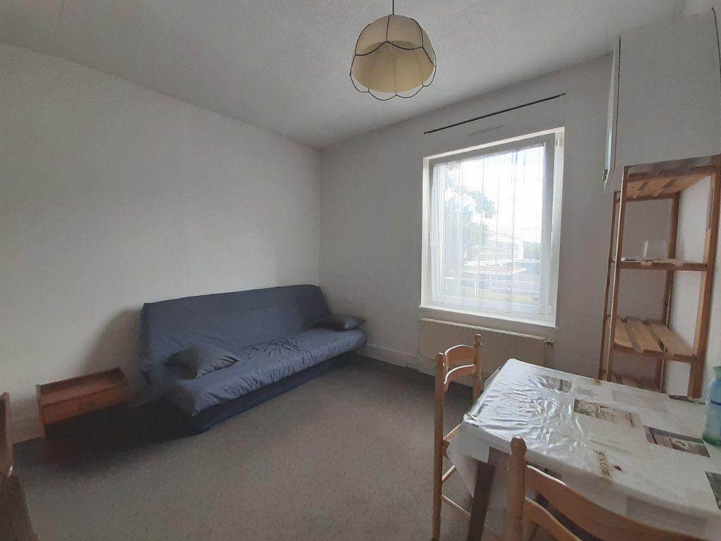 Appartement à louer 1 18m2 à Nancy vignette-1