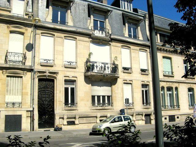 Appartement à louer 2 52.5m2 à Nancy vignette-1