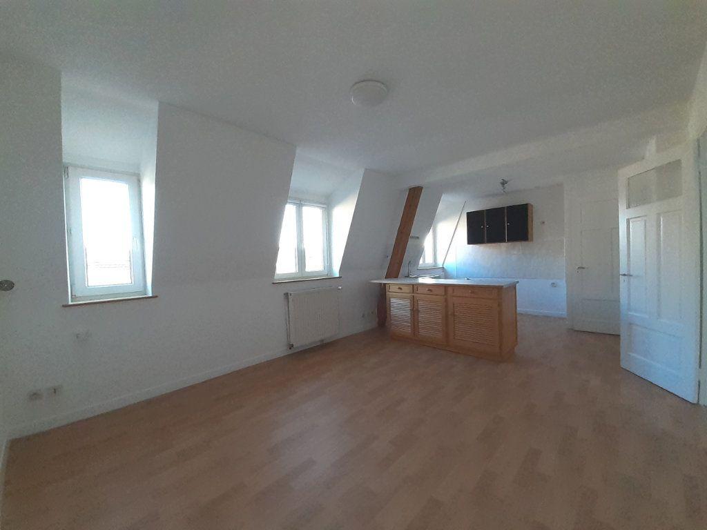 Appartement à louer 3 42.82m2 à Vandoeuvre-lès-Nancy vignette-1