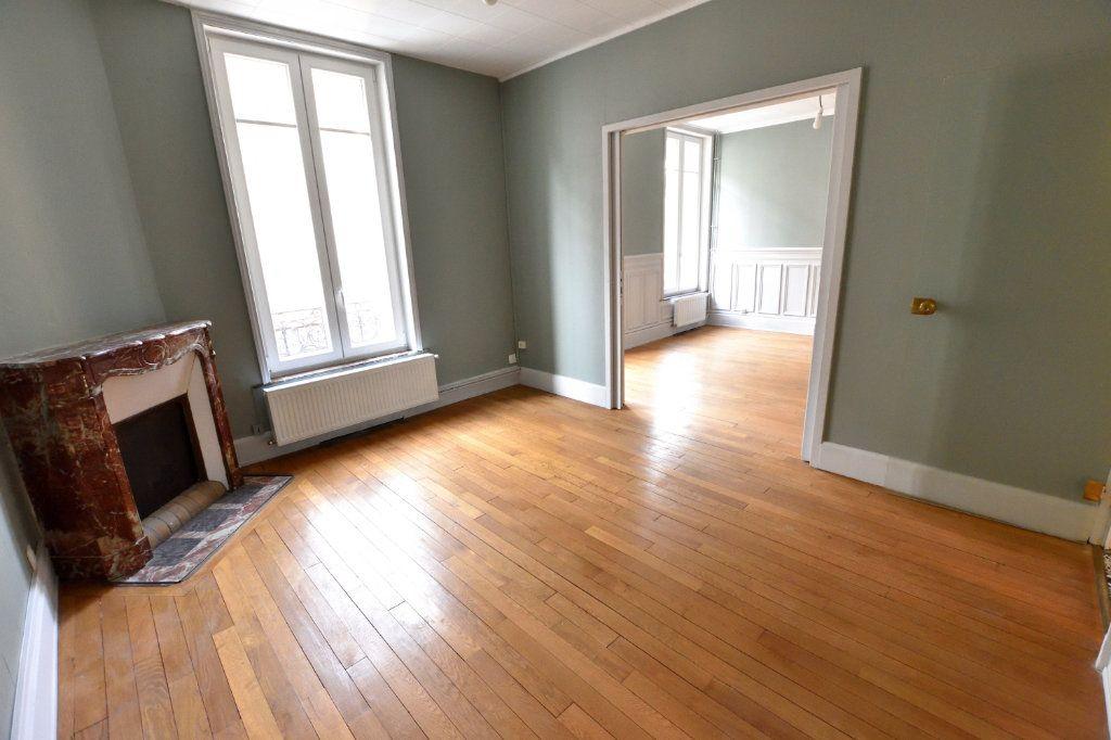 Appartement à louer 3 63m2 à Nancy vignette-1
