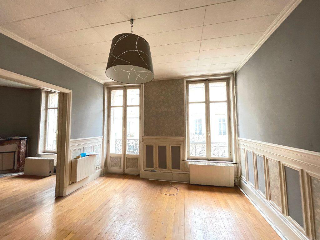 Appartement à louer 3 63m2 à Nancy vignette-3