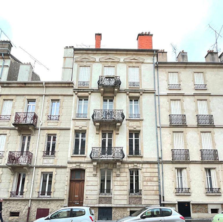 Appartement à louer 3 63m2 à Nancy vignette-10