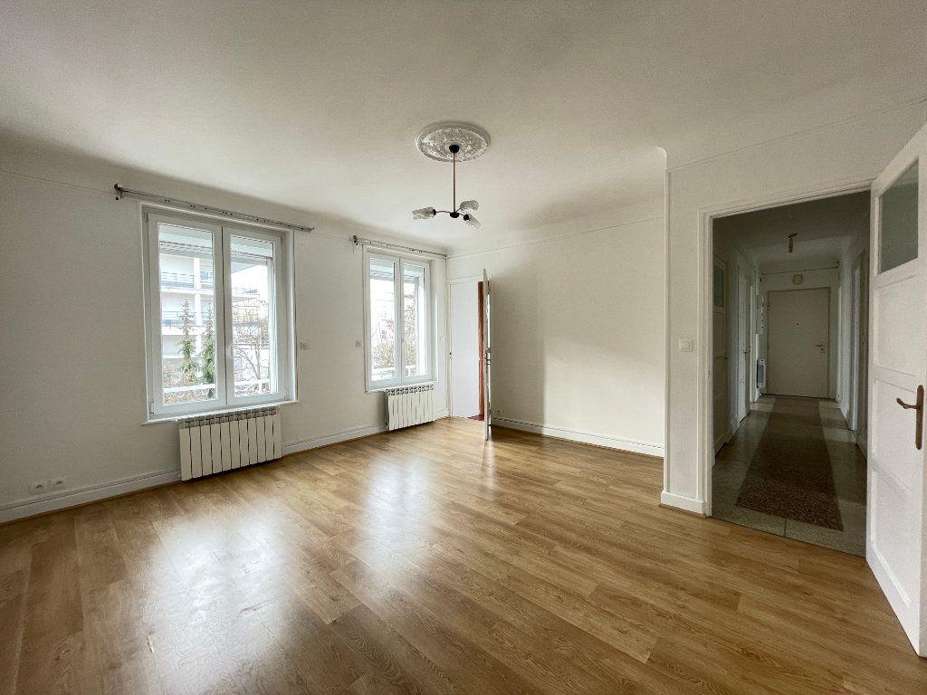 Appartement à louer 4 97.14m2 à Vandoeuvre-lès-Nancy vignette-2