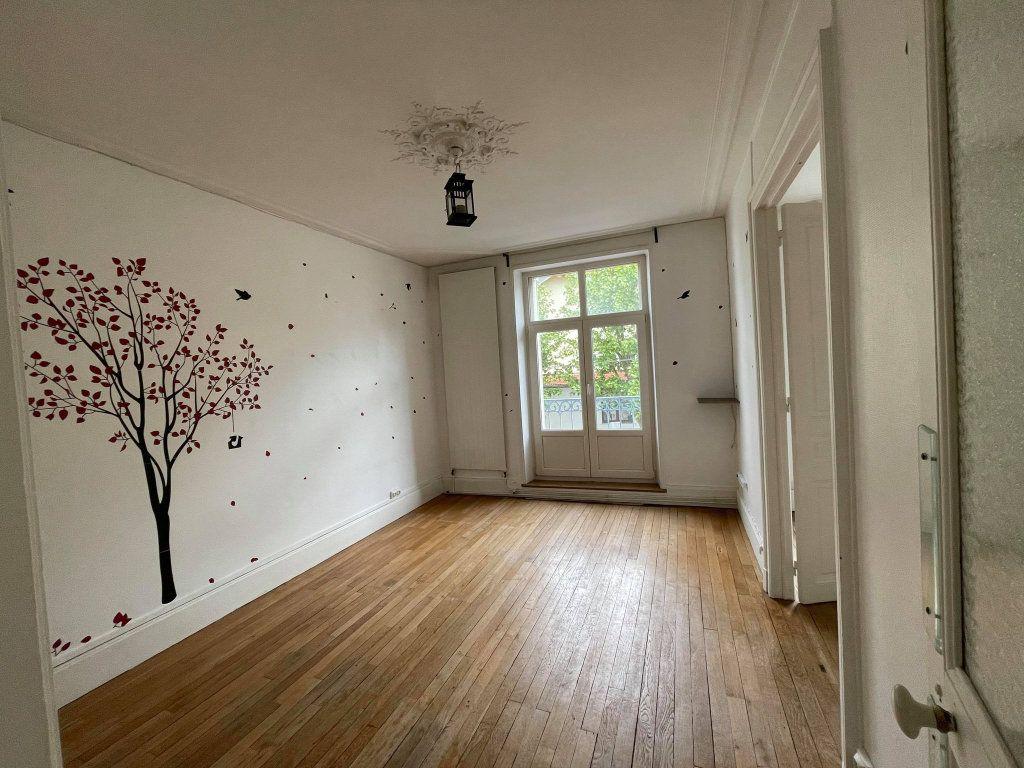 Appartement à louer 3 67.6m2 à Nancy vignette-1