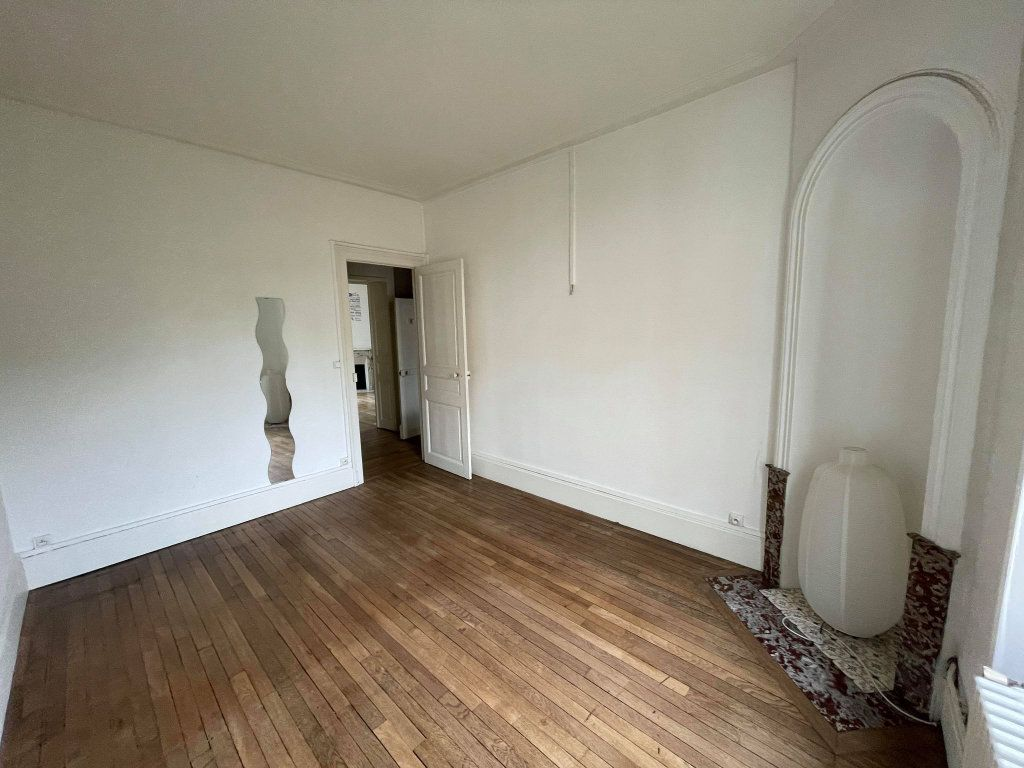 Appartement à louer 3 67.6m2 à Nancy vignette-2