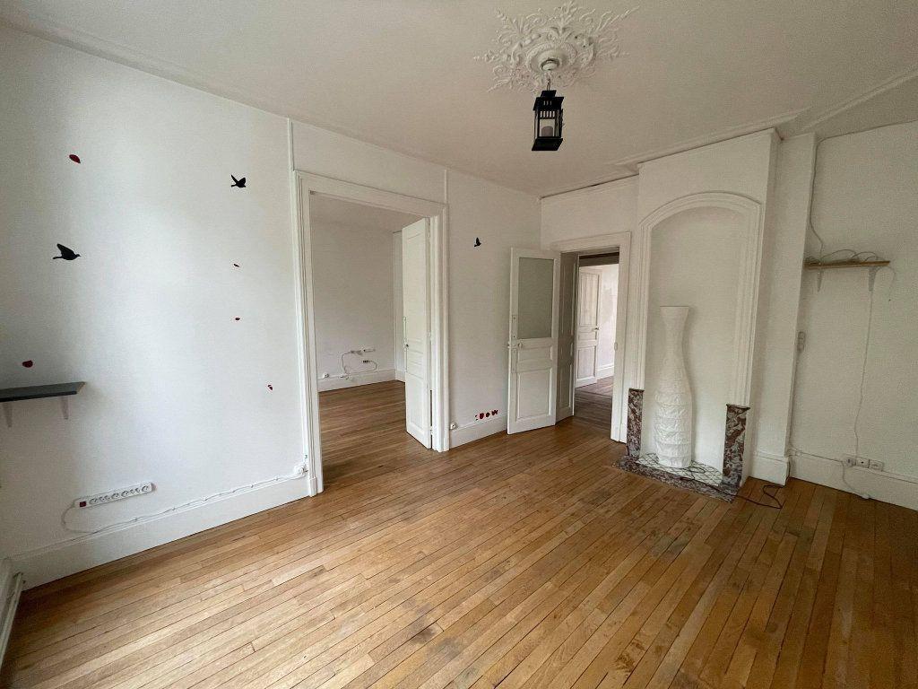 Appartement à louer 3 67.6m2 à Nancy vignette-5