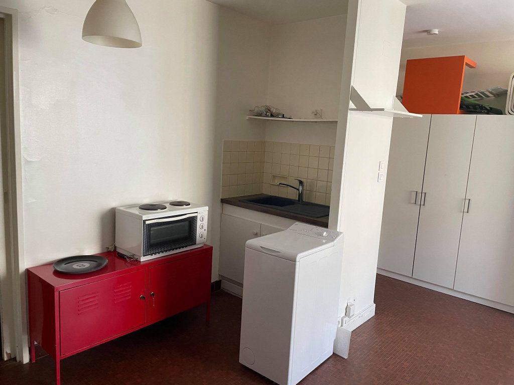 Appartement à louer 1 35.11m2 à Nancy vignette-2