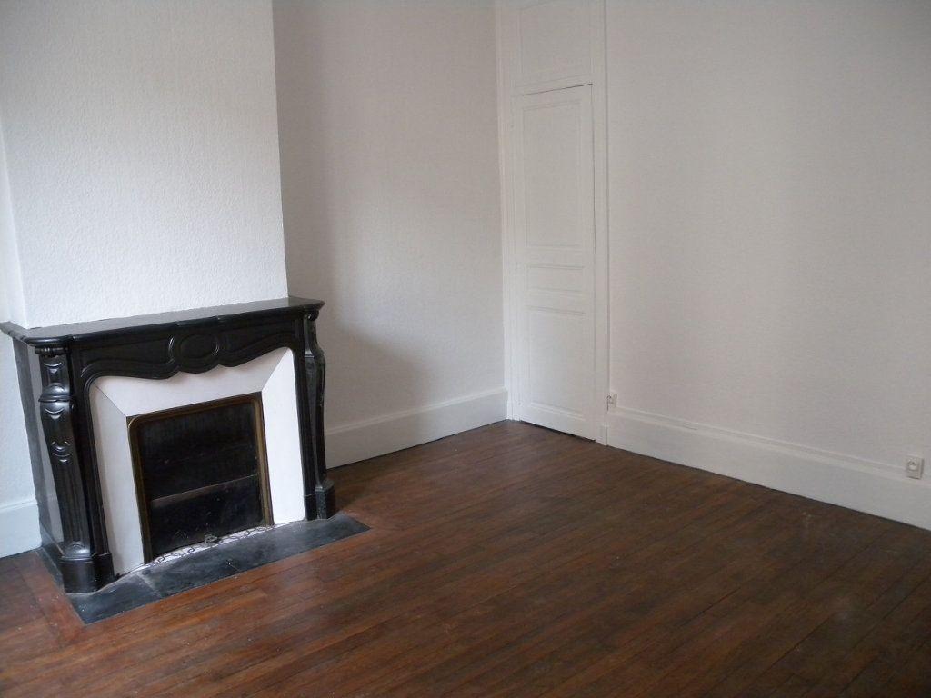 Appartement à louer 4 78m2 à Nancy vignette-2