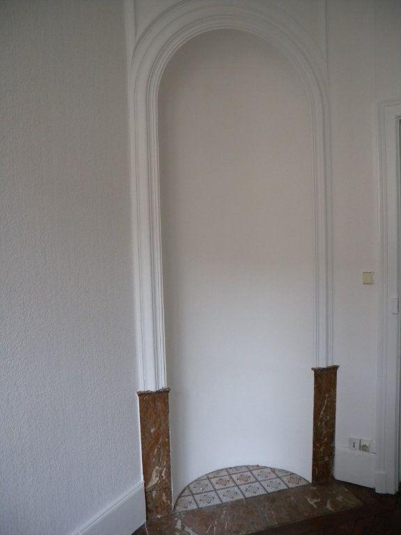 Appartement à louer 4 78m2 à Nancy vignette-3