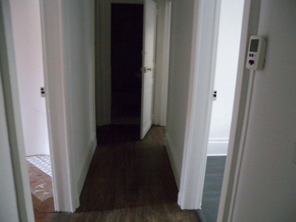 Appartement à louer 4 78m2 à Nancy vignette-5