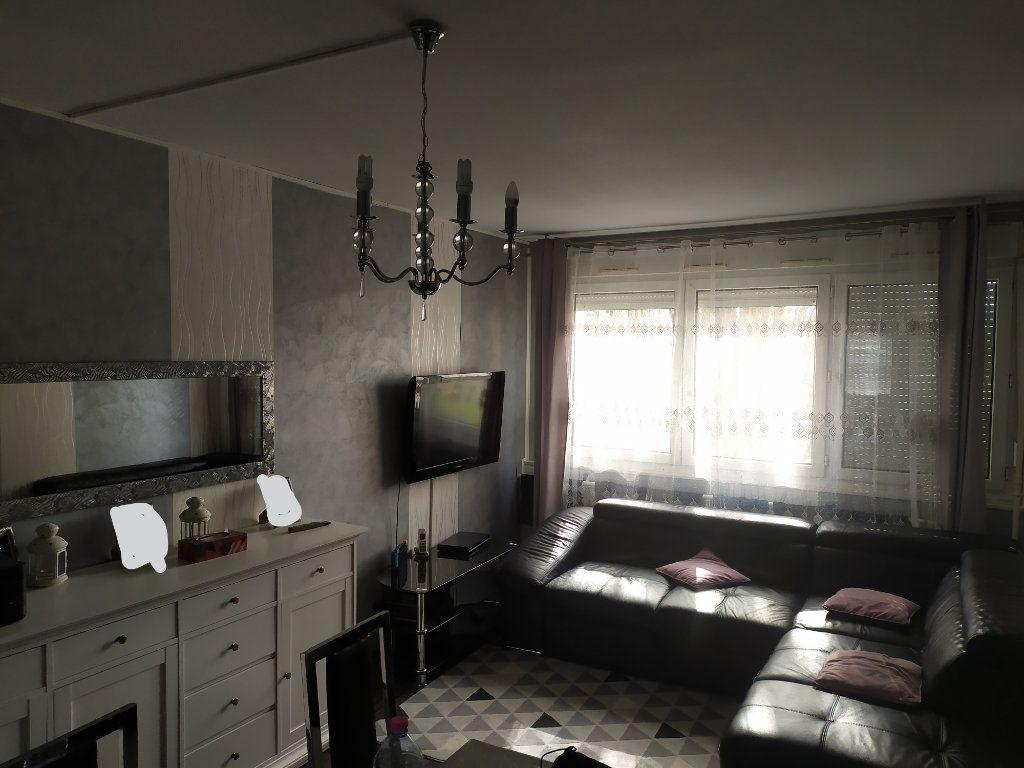 Appartement à louer 4 73.88m2 à Laxou vignette-2