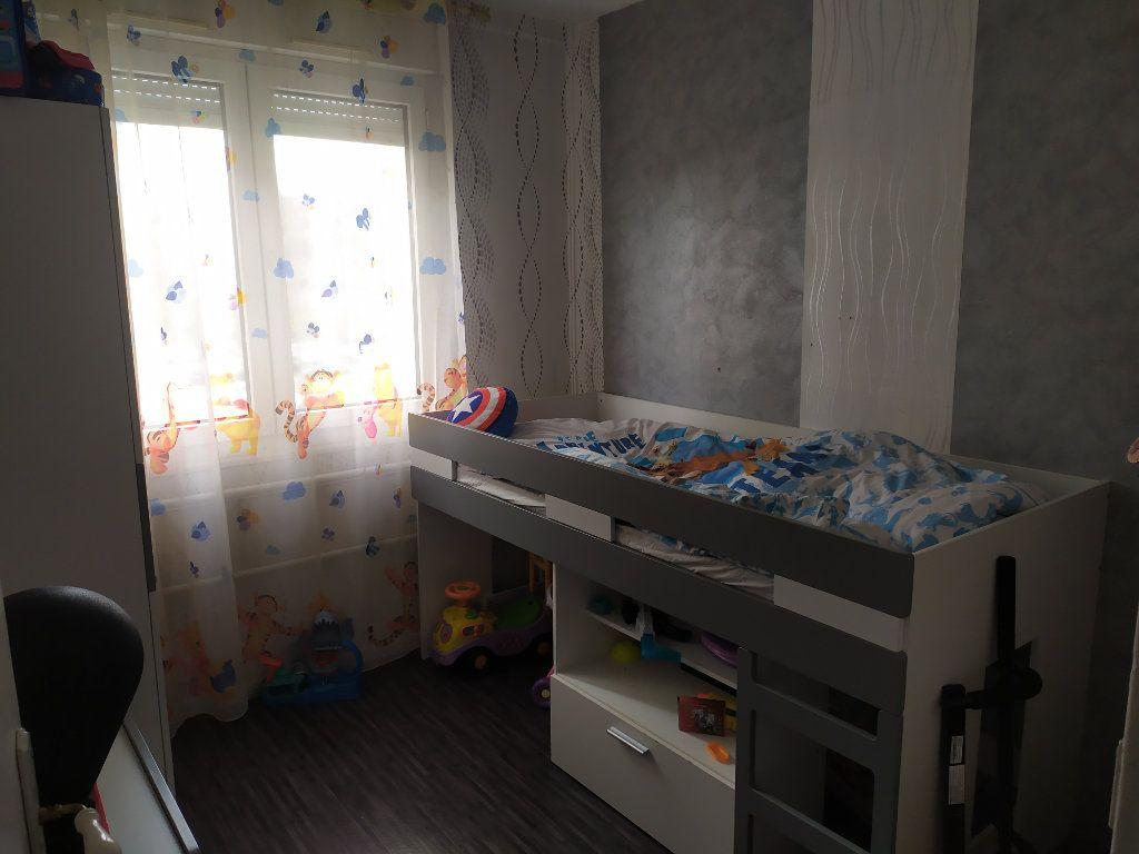 Appartement à louer 4 73.88m2 à Laxou vignette-3